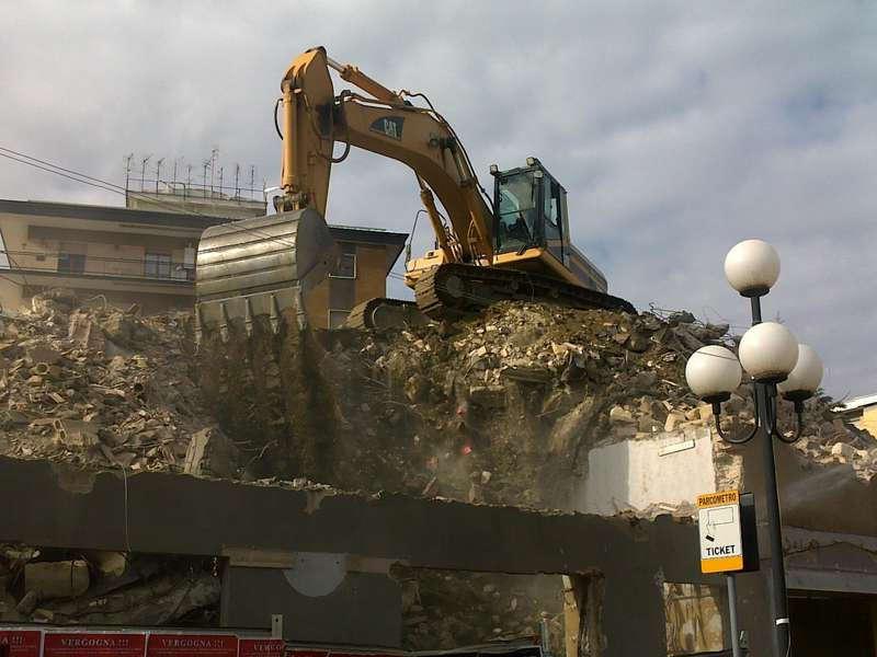 Demolizioni e scavi